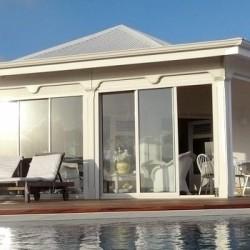 vue-maison-piscine-soleil_villa-location-de-luxe